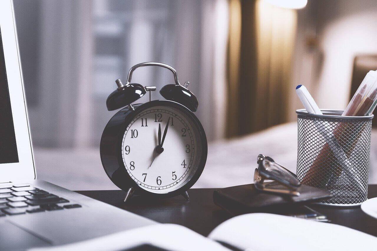 zulässige Arbeitszeit, Arbeitsvertrag